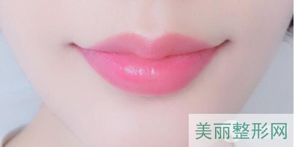 胶原蛋白丰唇效果好吗