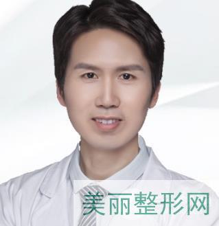 长沙岱高植发医生