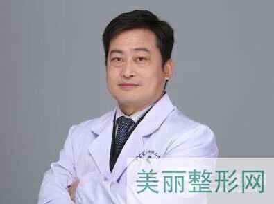 湖南省人民医院美容科哪个医生好 雷鹰怎么样