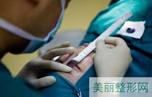 武汉大学中南医院美容科的医生团队