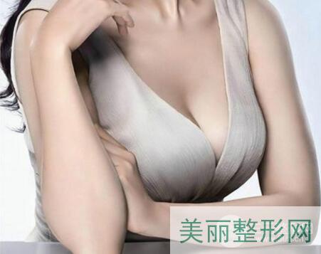 怎么做隆胸手术?假体隆胸效果自然吗